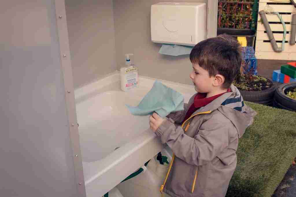 outdoor hand washing station